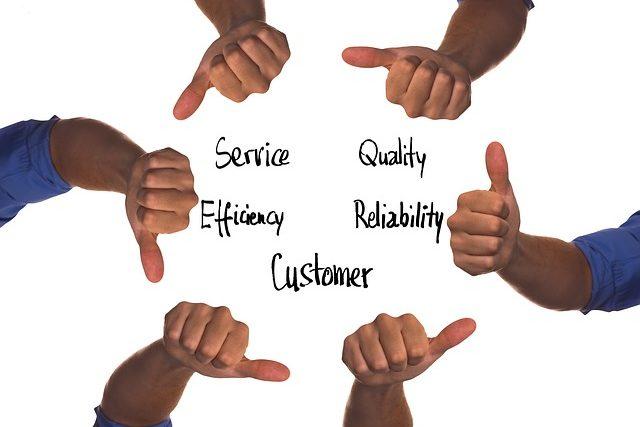 customer-3864809_640